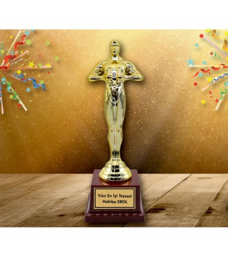 Yılın En İyi Teyzesi Oscar Heykeli